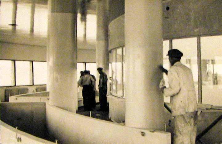 Ravintolan sisätyöt edistyivät keväällä 1938. (Helsingin Sanomat)